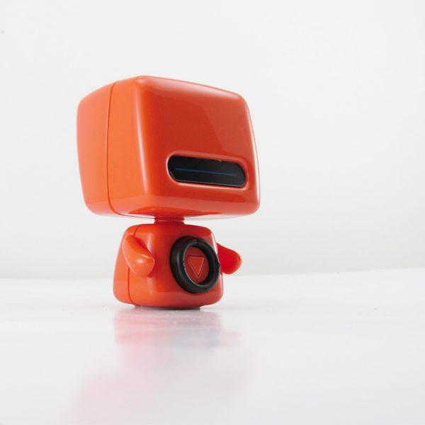 اسپیکر رباتی بلوتوث قابل حمل